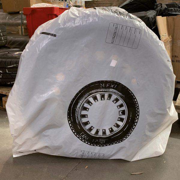Wheel Cover 25um x 1020mm x 900mm - 200 Pieces